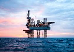 shutterstock_539854030 - oil rig for web
